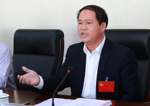 中共梧州市委书记全桂寿参加市政协联组讨论