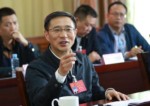 市长李杰云参加市政协联组讨论
