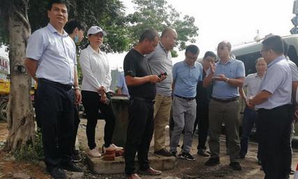 李彤华副主席到梧州医专察看项目施工情况